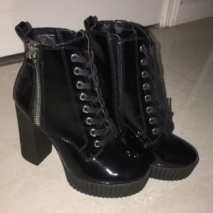 Aldo booties, shiny black leather